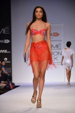 Model walk for Dorothy Perkins Show at LFW 2014 Day 2 in Grand Hyatt, Mumbai on 13th March 2014 (148)_53229ccec36b6.JPG