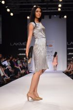 Model walk for Dorothy Perkins Show at LFW 2014 Day 2 in Grand Hyatt, Mumbai on 13th March 2014 (167)_53229cd65546f.JPG