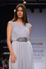 Model walk for Dorothy Perkins Show at LFW 2014 Day 2 in Grand Hyatt, Mumbai on 13th March 2014 (169)_53229cd70f4cc.JPG
