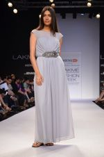 Model walk for Dorothy Perkins Show at LFW 2014 Day 2 in Grand Hyatt, Mumbai on 13th March 2014 (170)_53229cd768b0e.JPG