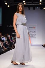 Model walk for Dorothy Perkins Show at LFW 2014 Day 2 in Grand Hyatt, Mumbai on 13th March 2014 (171)_53229cd7cf5e2.JPG