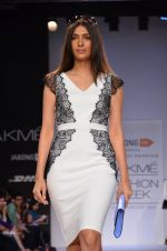 Model walk for Dorothy Perkins Show at LFW 2014 Day 2 in Grand Hyatt, Mumbai on 13th March 2014 (83)_53229cb57d5f4.JPG