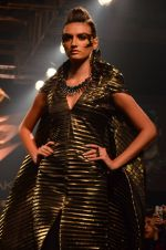 Model walk for Gaurav Gupta Show at LFW 2014 Day 2 in Grand Hyatt, Mumbai on 13th March 2014 (103)_53229bbf72c51.JPG