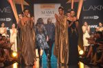 Model walk for Gaurav Gupta Show at LFW 2014 Day 2 in Grand Hyatt, Mumbai on 13th March 2014 (129)_53229bca6b4eb.JPG