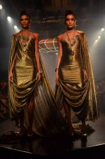 Model walk for Gaurav Gupta Show at LFW 2014 Day 2 in Grand Hyatt, Mumbai on 13th March 2014 (139)_53229bce3fe98.JPG
