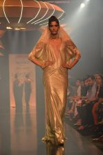 Model walk for Gaurav Gupta Show at LFW 2014 Day 2 in Grand Hyatt, Mumbai on 13th March 2014 (150)_53229bd33375b.JPG