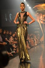 Model walk for Gaurav Gupta Show at LFW 2014 Day 2 in Grand Hyatt, Mumbai on 13th March 2014 (37)_53229ba30bf43.JPG