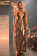 Model walk for Gaurav Gupta Show at LFW 2014 Day 2 in Grand Hyatt, Mumbai on 13th March 2014 (64)_53229bae9672e.JPG