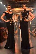 Model walk for Gaurav Gupta Show at LFW 2014 Day 2 in Grand Hyatt, Mumbai on 13th March 2014 (90)_53229bba71bfd.JPG