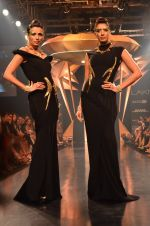 Model walk for Gaurav Gupta Show at LFW 2014 Day 2 in Grand Hyatt, Mumbai on 13th March 2014 (91)_53229bbaca716.JPG