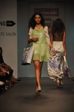Model walk for Love From India Show at LFW 2014 Day 2 in Grand Hyatt, Mumbai on 13th March 2014 (43)_532268ca9195b.JPG