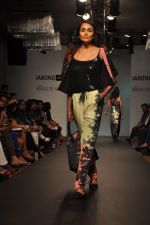 Model walk for Love From India Show at LFW 2014 Day 2 in Grand Hyatt, Mumbai on 13th March 2014 (49)_532268cdd2384.JPG