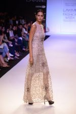 Model walk for Payal Singhal Show at LFW 2014 Day 2 in Grand Hyatt, Mumbai on 13th March 2014 (7)_532267e647861.JPG