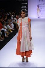 Model walk for Pratima Pandey Show at LFW 2014 Day 3 in Grand Hyatt, Mumbai on 14th March 2014 (100)_5322e3b287422.JPG