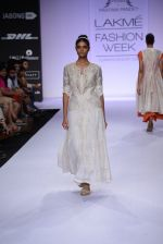 Model walk for Pratima Pandey Show at LFW 2014 Day 3 in Grand Hyatt, Mumbai on 14th March 2014 (101)_5322e3b2dceaa.JPG