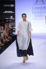 Model walk for Pratima Pandey Show at LFW 2014 Day 3 in Grand Hyatt, Mumbai on 14th March 2014 (25)_5322e393454e1.JPG