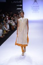 Model walk for Pratima Pandey Show at LFW 2014 Day 3 in Grand Hyatt, Mumbai on 14th March 2014 (31)_5322e39749027.JPG