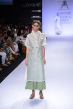Model walk for Pratima Pandey Show at LFW 2014 Day 3 in Grand Hyatt, Mumbai on 14th March 2014 (41)_5322e39b40366.JPG