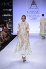 Model walk for Pratima Pandey Show at LFW 2014 Day 3 in Grand Hyatt, Mumbai on 14th March 2014 (42)_5322e39b99595.JPG
