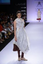 Model walk for Pratima Pandey Show at LFW 2014 Day 3 in Grand Hyatt, Mumbai on 14th March 2014 (58)_5322e3a181fd9.JPG