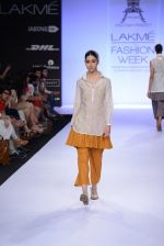 Model walk for Pratima Pandey Show at LFW 2014 Day 3 in Grand Hyatt, Mumbai on 14th March 2014 (6)_5322e389b2167.JPG