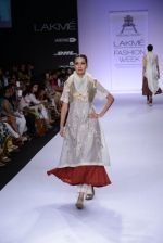 Model walk for Pratima Pandey Show at LFW 2014 Day 3 in Grand Hyatt, Mumbai on 14th March 2014 (60)_5322e3a254829.JPG
