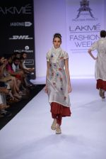 Model walk for Pratima Pandey Show at LFW 2014 Day 3 in Grand Hyatt, Mumbai on 14th March 2014 (64)_5322e3a3d898a.JPG