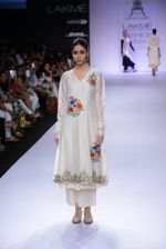 Model walk for Pratima Pandey Show at LFW 2014 Day 3 in Grand Hyatt, Mumbai on 14th March 2014 (78)_5322e3a976f9b.JPG