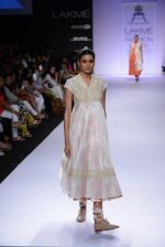 Model walk for Pratima Pandey Show at LFW 2014 Day 3 in Grand Hyatt, Mumbai on 14th March 2014 (95)_5322e3b0643d6.JPG
