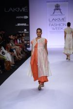 Model walk for Pratima Pandey Show at LFW 2014 Day 3 in Grand Hyatt, Mumbai on 14th March 2014 (97)_5322e3b160baf.JPG