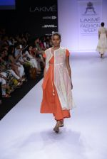 Model walk for Pratima Pandey Show at LFW 2014 Day 3 in Grand Hyatt, Mumbai on 14th March 2014 (98)_5322e3b1bca57.JPG