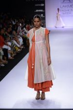 Model walk for Pratima Pandey Show at LFW 2014 Day 3 in Grand Hyatt, Mumbai on 14th March 2014 (99)_5322e3b228603.JPG