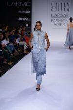 Model walk for Sailex Show at LFW 2014 Day 2 in Grand Hyatt, Mumbai on 13th March 2014 (23)_53229b85534ae.JPG
