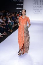 Model walk for Sailex Show at LFW 2014 Day 2 in Grand Hyatt, Mumbai on 13th March 2014 (75)_53229b9c6a1da.JPG