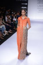 Model walk for Sailex Show at LFW 2014 Day 2 in Grand Hyatt, Mumbai on 13th March 2014 (76)_53229b9cc19e9.JPG