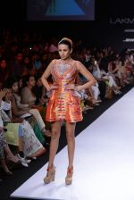Model walk for Swapnil Shinde Show at LFW 2014 Day 3 in Grand Hyatt, Mumbai on 14th March 2014 (18)_5322e3ad17da6.JPG