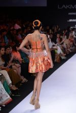 Model walk for Swapnil Shinde Show at LFW 2014 Day 3 in Grand Hyatt, Mumbai on 14th March 2014 (21)_5322e3ae3c999.JPG