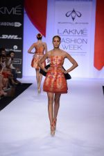 Model walk for Swapnil Shinde Show at LFW 2014 Day 3 in Grand Hyatt, Mumbai on 14th March 2014 (23)_5322e3af1f85f.JPG