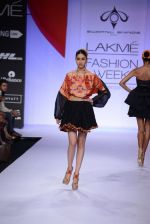 Model walk for Swapnil Shinde Show at LFW 2014 Day 3 in Grand Hyatt, Mumbai on 14th March 2014 (28)_5322e3b124b42.JPG