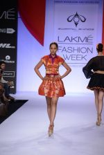 Model walk for Swapnil Shinde Show at LFW 2014 Day 3 in Grand Hyatt, Mumbai on 14th March 2014 (35)_5322e3b4139b0.JPG