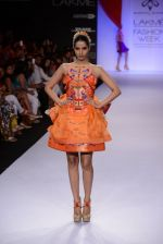 Model walk for Swapnil Shinde Show at LFW 2014 Day 3 in Grand Hyatt, Mumbai on 14th March 2014 (5)_5322e3a7d5381.JPG