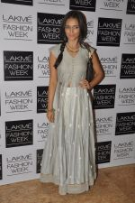 Roshni Chopra at Love From India Show at LFW 2014 Day 2 in Grand Hyatt, Mumbai on 13th March 2014 (65)_5322691cd9a49.JPG