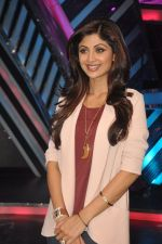 Shilpa Shetty at Dishkiyaaon promotions on Boogie Woogie in Mumbai on 13th March 2014 (11)_53226a5273279.JPG