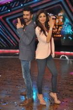 Shilpa Shetty, Harman Baweja at Dishkiyaaon promotions on Boogie Woogie in Mumbai on 13th March 2014 (21)_53226a4254900.JPG