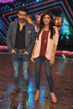 Shilpa Shetty, Harman Baweja at Dishkiyaaon promotions on Boogie Woogie in Mumbai on 13th March 2014 (24)_53226a082d187.JPG