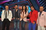 Shilpa Shetty, Harman Baweja, Javed Jaffrey, Ravi behl, Naved Jaffrey at Dishkiyaaon promotions on Boogie Woogie in Mumbai on 13th March 2014 (11)_53226a5e96292.JPG