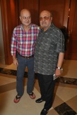 Anupam Kher, Shyam Benegal at Mumbai Mantra-Sundance Screenwriters Brunch in Mumbai on 17th March 2014 (36)_53281dbddb86c.JPG