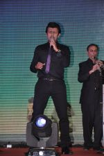 Sonu Nigam at the Music launch of film Jal in Mumbai on 19th March 2014 (34)_532ac2434fa7e.JPG