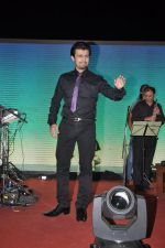 Sonu Nigam at the Music launch of film Jal in Mumbai on 19th March 2014 (7)_532ac241c4fda.JPG