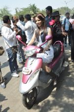 at Hume Toh Loot Liya on location in Andheri, Mumbai on 20th March 2014 (79)_532c25f7df1bf.JPG
